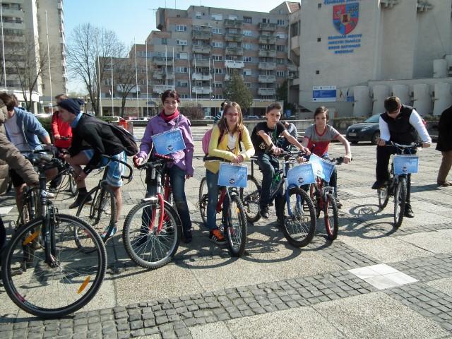 Marș pe biciclete împotriva drogurilor, la Satu Mare (Foto)