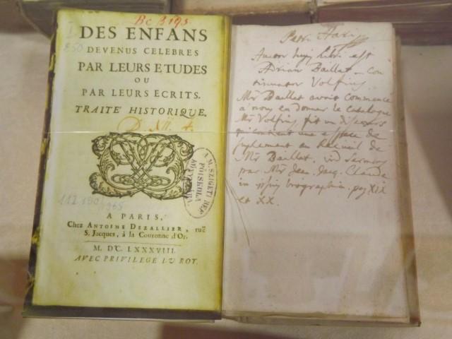 """""""Însemnări și însemne de proprietate pe cărți vechi și manuscrise"""", la Biblioteca Județeană Satu Mare"""