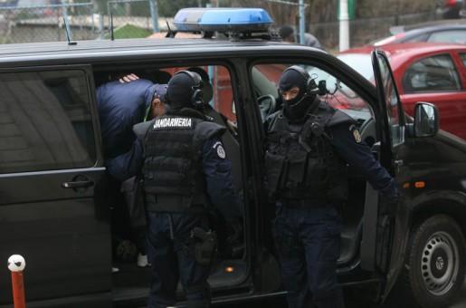 Percheziții la traficanții de droguri din Satu Mare