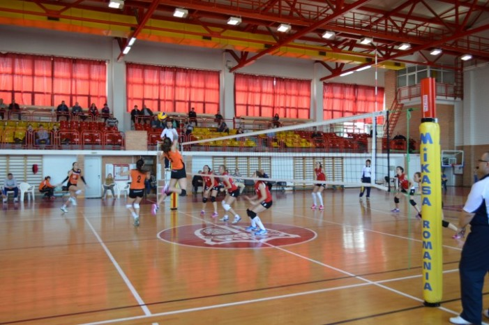 Volei: CSM Satu Mare învinge CS Universitatea Cluj cu 3 la 2