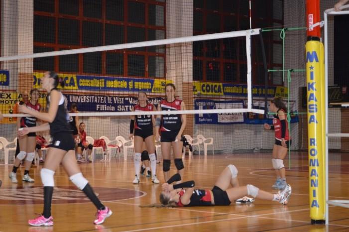 Volei: CSM Satu Mare-CS Universitatea Cluj 1-3 (Galerie foto)