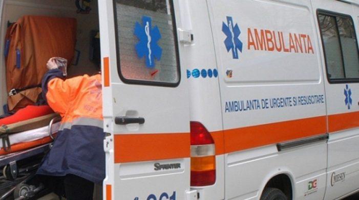 Fetiță de 4 ani, lovită de o mașină