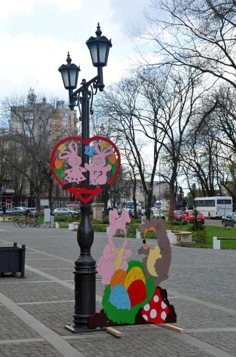 Figurine de Paști în centrul municipiului Carei (Foto)
