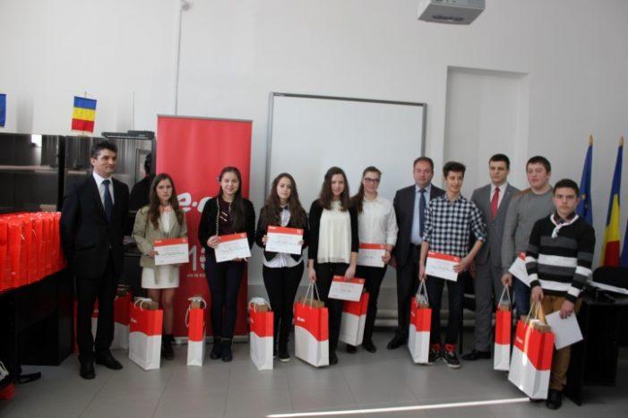 Elevii de nota 10, premiați de E.ON Gaz România
