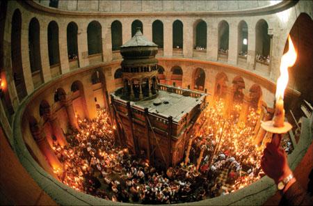 Lumina Sfântă va ajunge în Noaptea de Înviere şi la Satu Mare