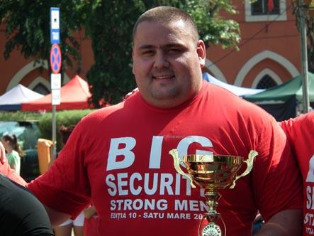 """Alexander Laskin, câștigătorul concursului """"Strong Men"""" Satu Mare 2015 (Galerie foto)"""