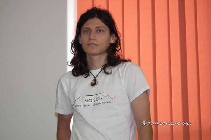 Andrei Bud participă în Maroc la un concurs internațional de informatică
