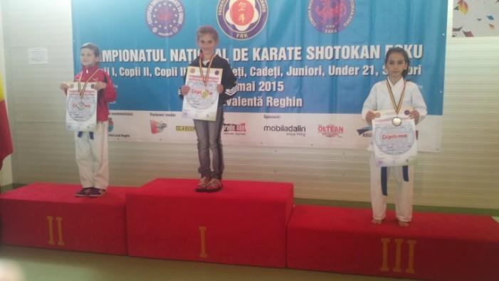 Negreșteanca Daria Hotca a câștigat Campionatul Național de karate din Reghin