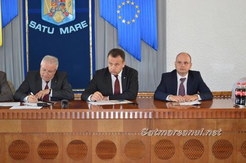 Ministrul Liviu Pop s-a întâlnit cu sindicaliștii sătmăreni