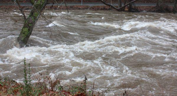 Cod roșu de inundații pe Crasna
