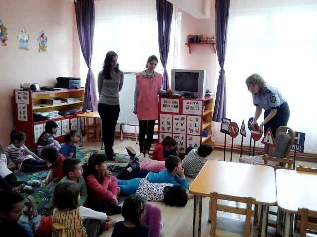 """Educație rutieră pentru copiii de la Grădinița """"14 Mai"""""""