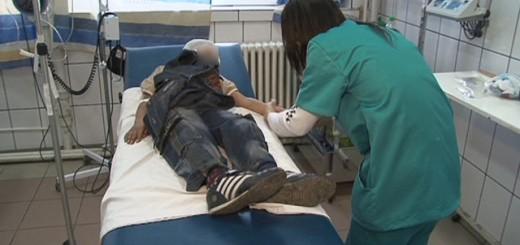 Copil în stare gravă după ce a fost lovit cu copita în cap de un cal