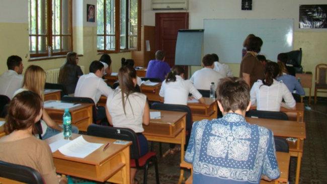 Peste 200 de elevi au revenit în județul Satu Mare din străinătate