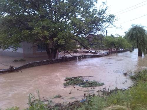 Craidorolț: 20 de persoane evacuate din calea puhoiului de pe Crasna