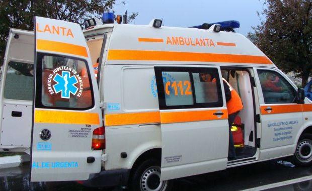O ambulanță din Satu Mare a intervenit la un accident în județul Sălaj