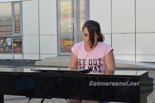 Concert de pian în aer liber la Satu Mare (Foto)