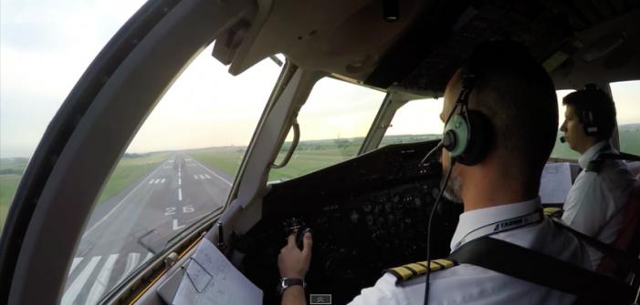 Cum se vede zborul Satu Mare-București, din cabina piloților (Foto&Video)