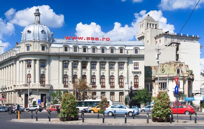Unu din zece absolvenţi de bacalaureat s-a înscris la o facultate din cadrul ASE București