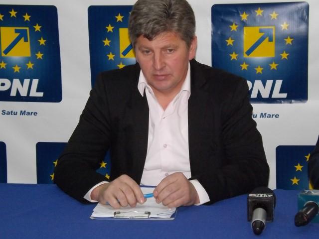 """Dinu Birtoc: """"În continuare situația rămâne paralizată în Călinești-Oaș"""""""