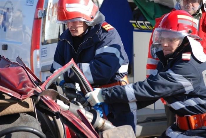 Cinci sătmăreni răniți într-un accident de circulație în județul Sălaj