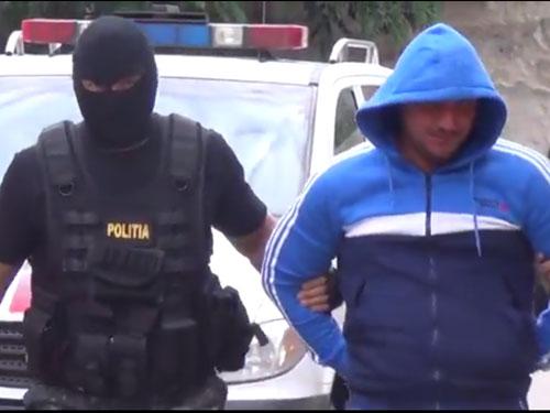 Traficant de droguri, reținut pentru 24 de ore. Dealer-ul vindea stupefiante și în cluburile din Satu Mare