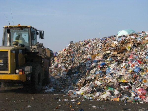 Deșeurile clujenilor refuzate de sătmăreni vor fi depozitate în județul Bihor