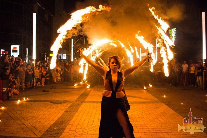 """""""HungaRididim"""" și """"Koszika & The Hotshots"""", câștigătorii Festivalului Muzicii de Stradă (Foto)"""
