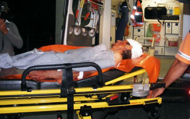 CA LA RĂSCOALĂ: L-au lovit cu furca în cap