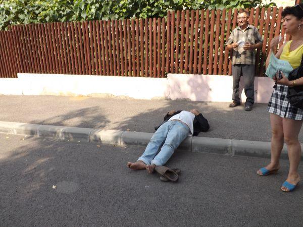 Cinci persoane au leșinat pe stradă din cauza căldurii la Satu Mare