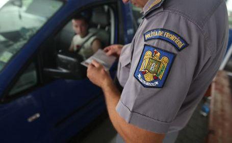 Două mașini furate, depistate de polițiștii de frontieră