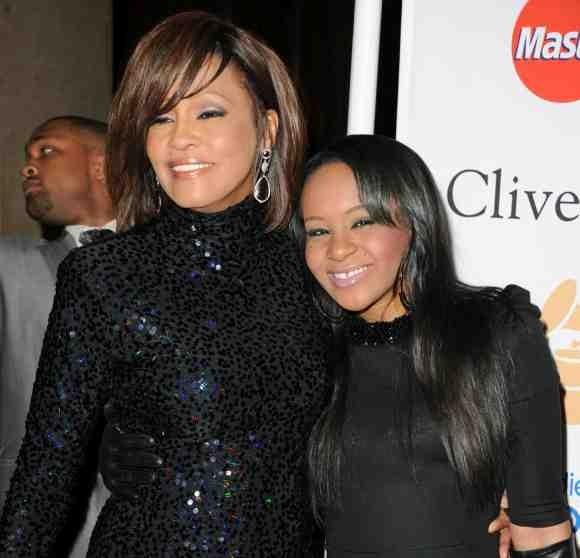 A murit fiica lui Whitney Houston. Avea doar 22 de ani