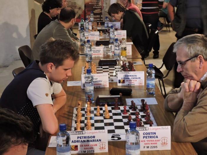 A început Festivalul Internațional de șah de la Satu Mare
