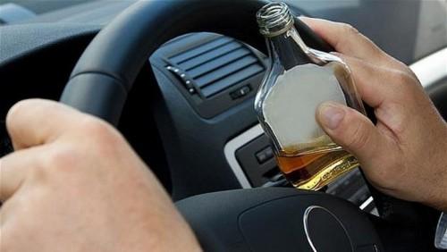 Șoferi beți, prinși la volan