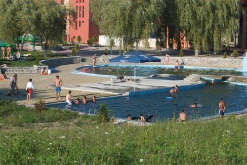 Aqua Park-ul din Satu Mare, model pentru ștrandul Broscărie din Sălaj