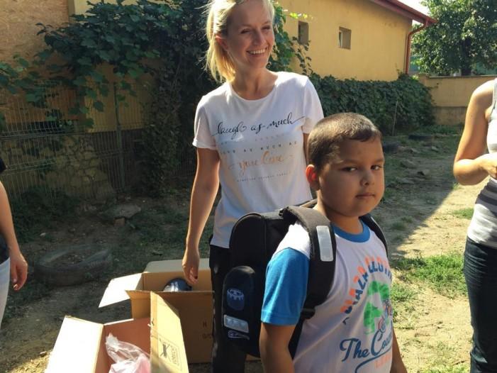 Sătmăreanca stabilită în Belgia, Larisa Țîrle, vrea să sprijine grădinițele din mediul rural