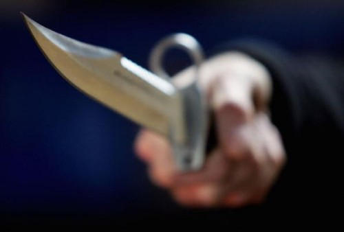 Vânzător amenințat cu cuțitul în Piața de Vechituri