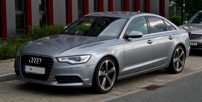 Audi A6 furat din Franţa, depistat în PTF Petea