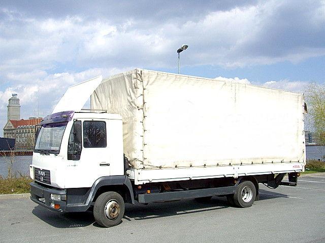 Camion furat din Olanda, indisponibilizat la PTF Petea
