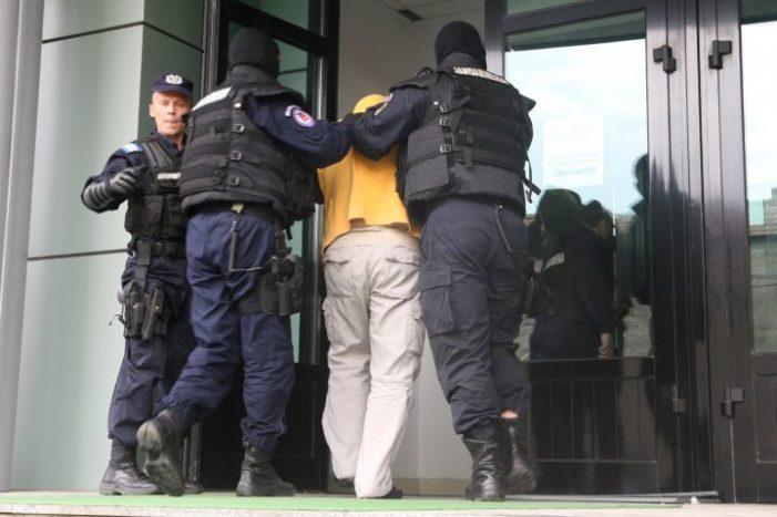 Sătmărean condamnat pentru clonare de carduri, reținut în Constanța