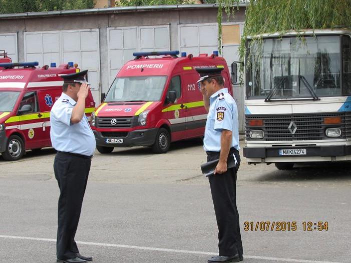 48 de pompieri au fost avansați în grad