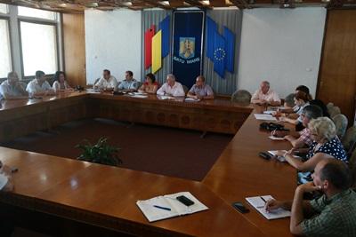 Pagubele produse de secetă în județul Satu Mare vor fi evaluate de Prefectură