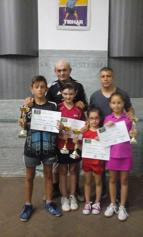 Rezultate deosebite pentru sportivii Secţiei de tenis de masă a Clubului Elevilor TAPO Carei