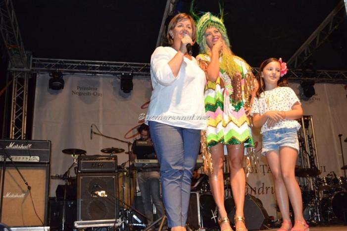 Delia şi Smiley au făcut show la Negreşti-Oaş (Galerie foto)