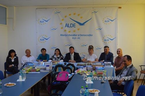 ALDE Satu Mare va dărui 200 de ghiozdane elevilor din județ