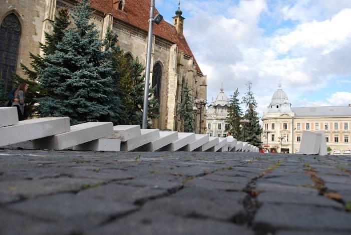 Un domino cum n-a mai văzut Clujul