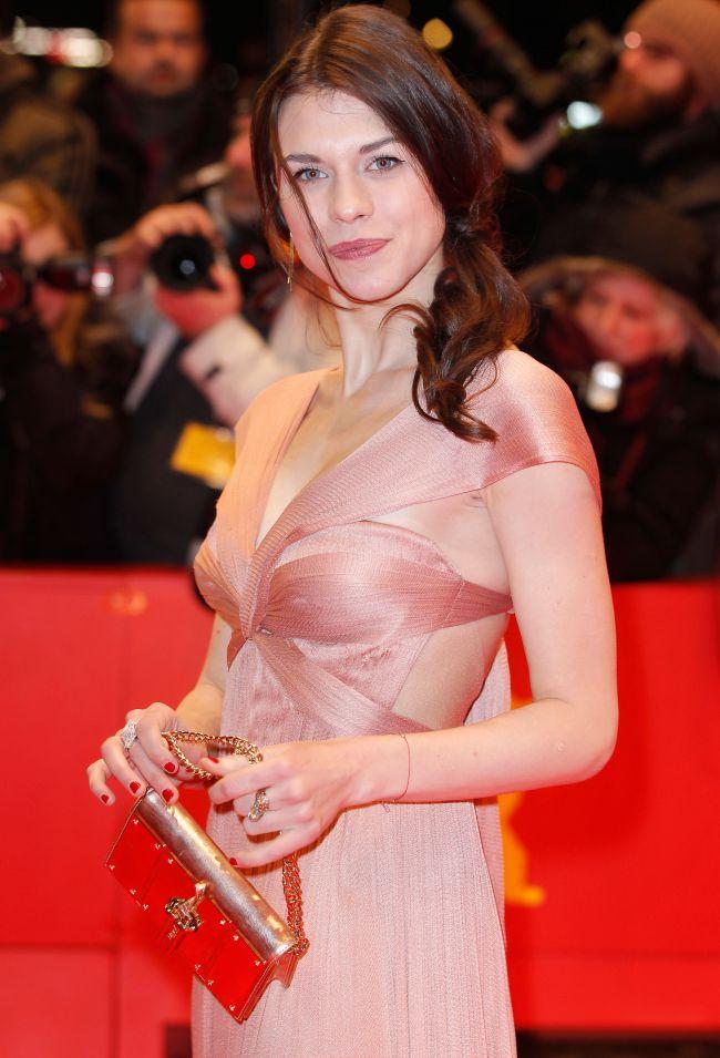 """O actriță din România, Ana Ularu, joacă alături de Tom Hanks în filmul """"Inferno"""""""