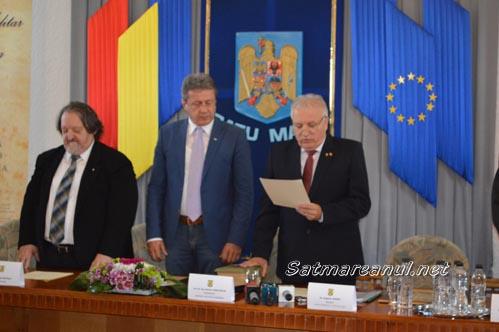 Eugeniu Avram și Virgil Enătescu, Comandori al Ordinului Militar din România (Foto)