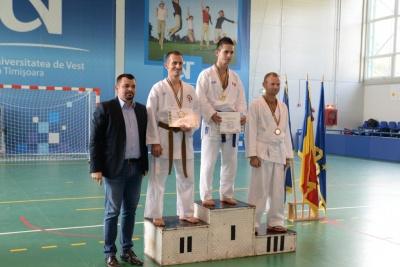 Jandarm sătmărean, dublu vicecampion național la karate