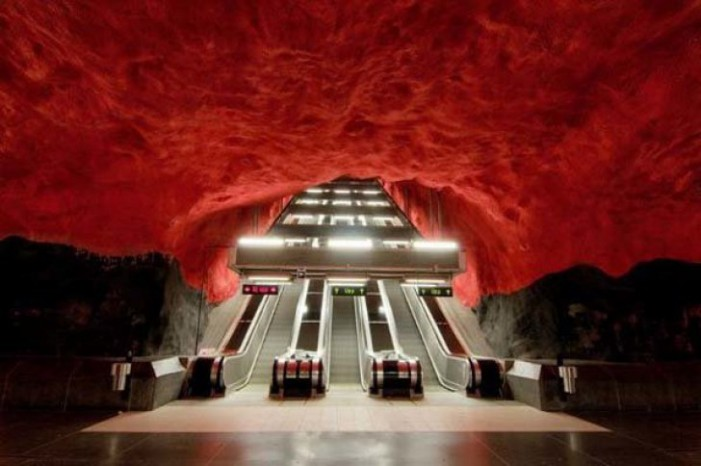 Vezi cele mai spectaculoase stații de metrou (Foto)