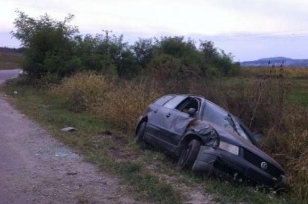 Beat criță, și-a abandonat mașina într-un șanț